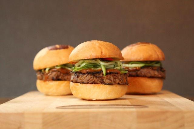 表参道から日本初上陸の「UMAMI BURGER」とハンバーガー巡りをしてみよう!