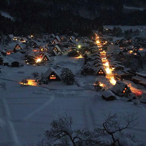 世界遺産・白川郷の伝統建築と雪化粧の絶景を見に行こう!(1)